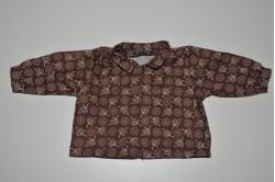 Brun skjorte med blade