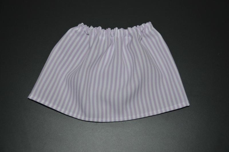 Hvid nederdel med lys lilla striber