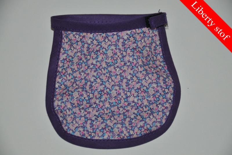 Lilla dukkehagesmæk med blomster (Liberty stof)