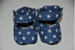 Blå dukkesko med stjerner